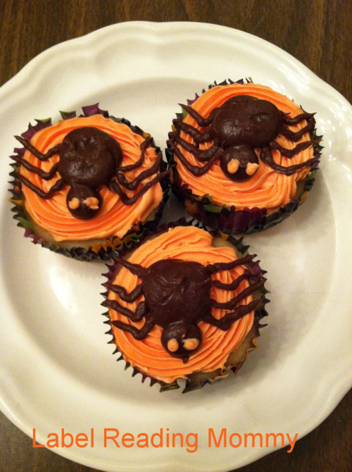 Allergy Free Halloween Spider Cupcakes (Label Reading Mommy)